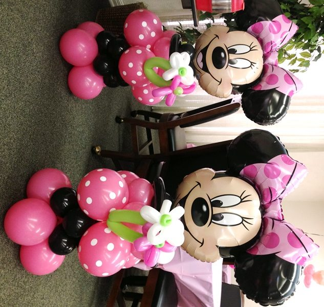 1 Minniew mouse and Mickey mouse Foil Ballons